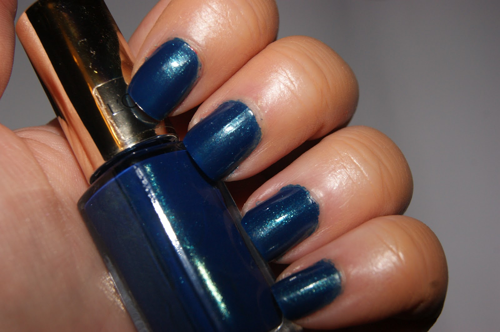 L\'Oreal L\'Or Electric Color Riche Nail Polishes - Review | The ...