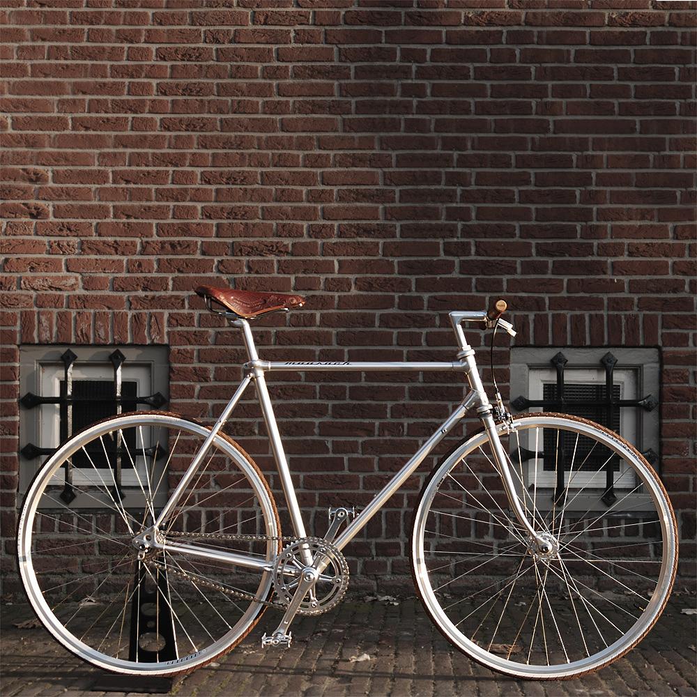 Moosach Bikes: Updated Vintage Frames with Modern Technology | Bike ...