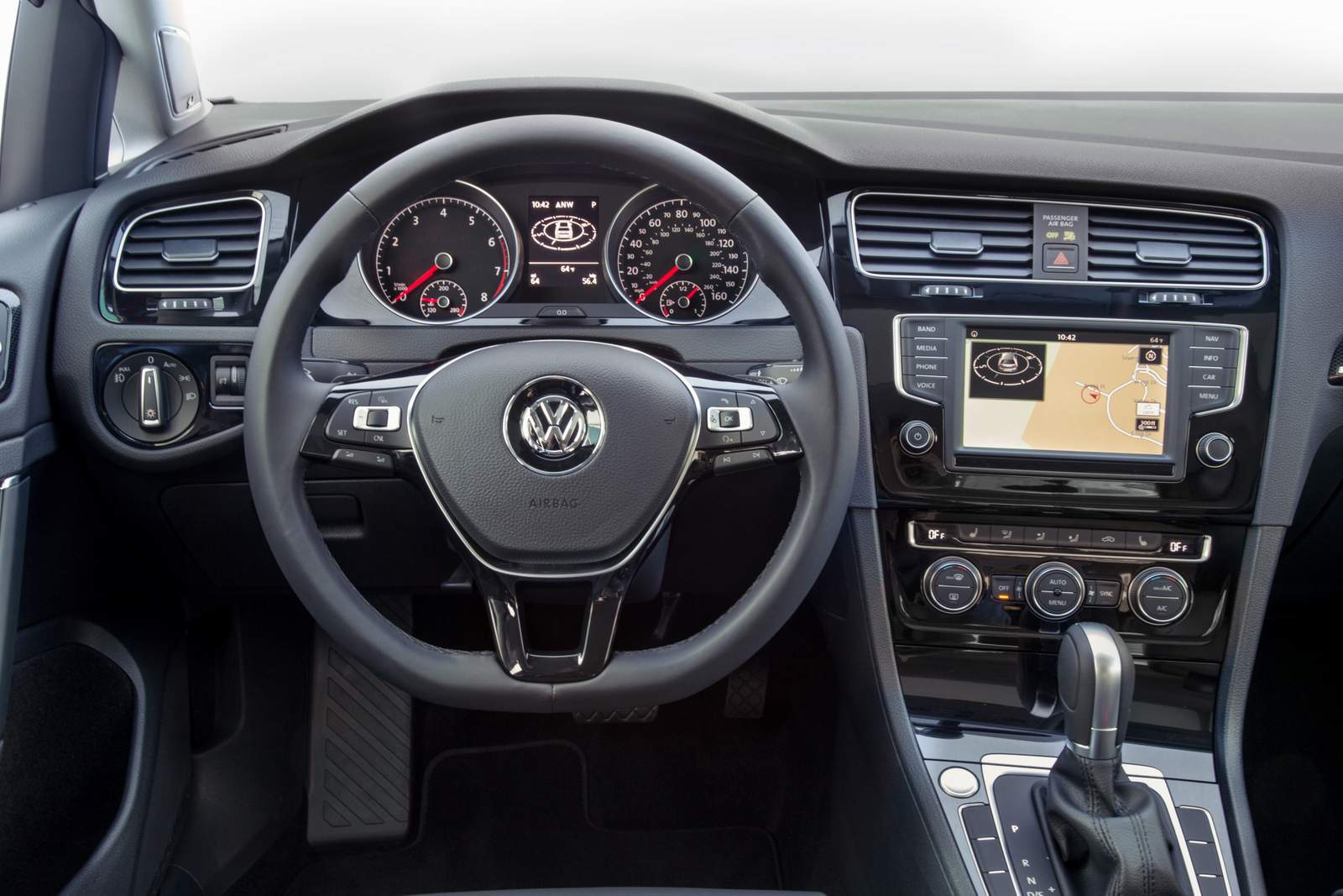 vw golf 2016 highline adota tiptronic6 gti mant m dsg6 car blog br. Black Bedroom Furniture Sets. Home Design Ideas