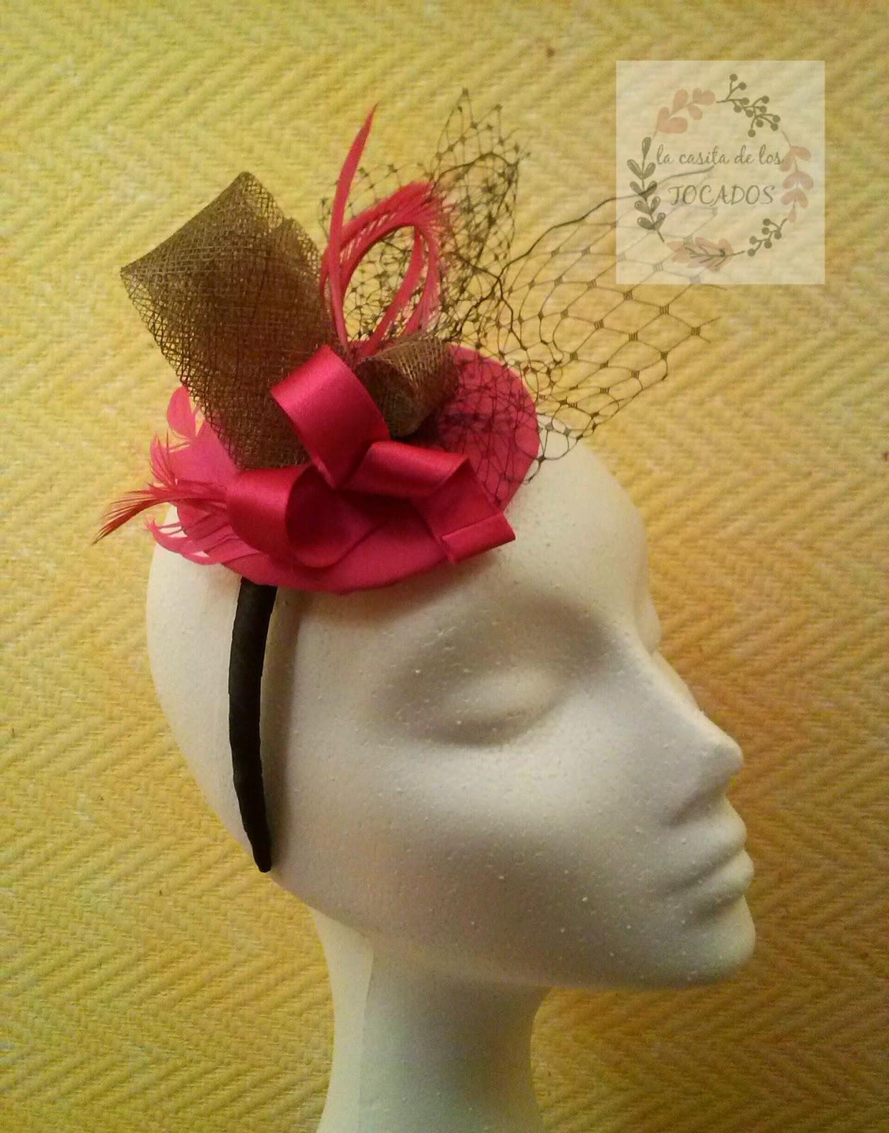 tocado rosa fucsia y bronce para boda hecho por encargo con diadema
