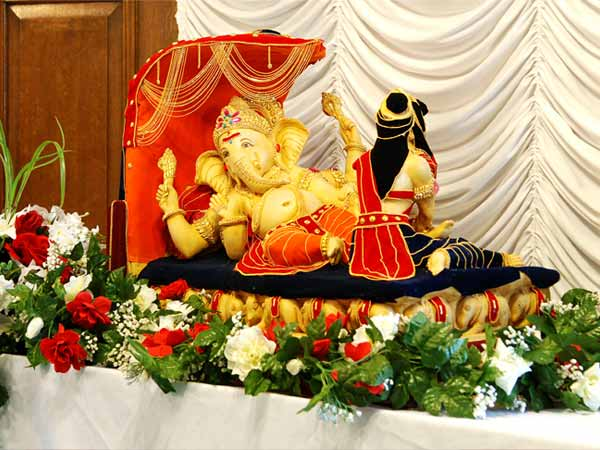 ganpati decoration photos god wallpapers elegant home that abounds with beach house decor ideas