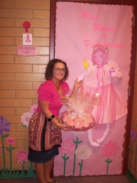 Room Mom 101 Decorating The Classroom Door For Teacher Appreciation Week