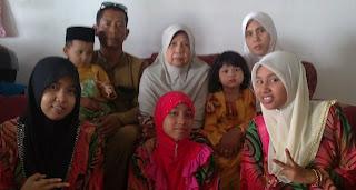 :| LOVE FAMILY :)