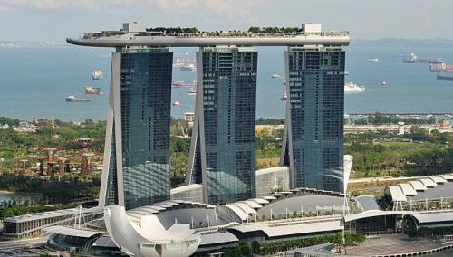 OPERATING profit at Marina Bay Sands (MBS) fell in the third quarter because of lower casino revenue and winnings from high rollers.