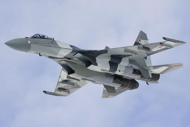 Gray Sukhoi Su-35