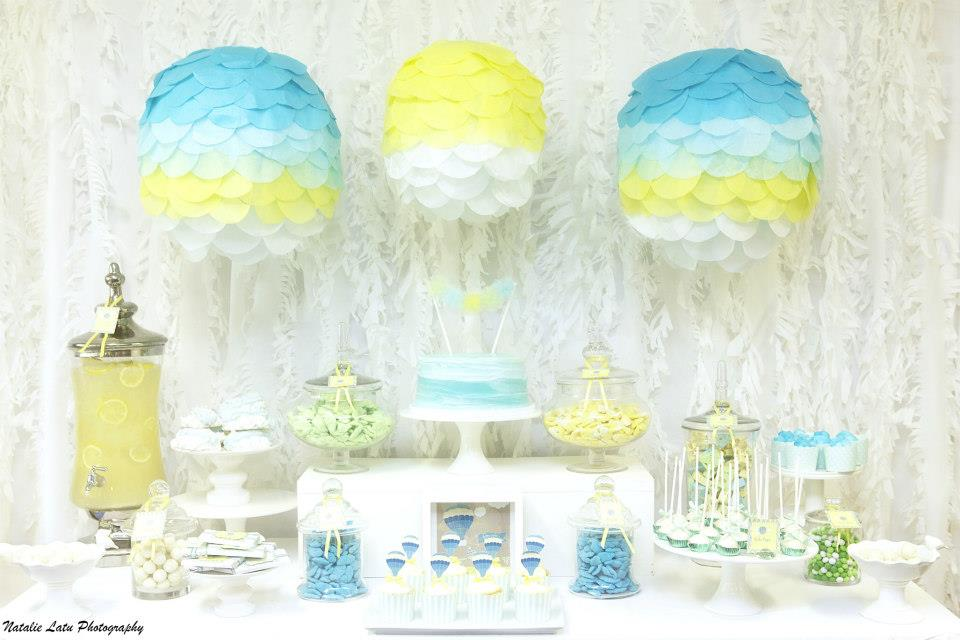 Little big company the blog up up and away baby shower for Baby shower decoration blog