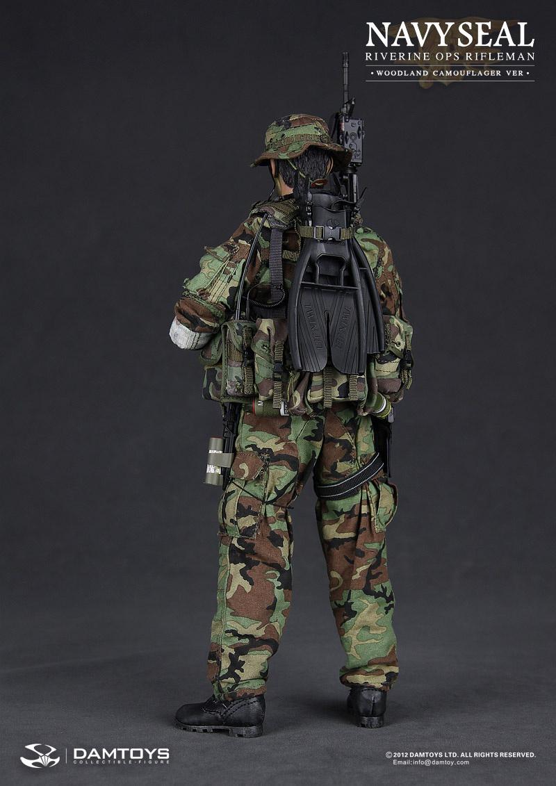 Damtoys Navy Seal riverine ops rifleman swim fins 1//6 toys soldier Joe flippers