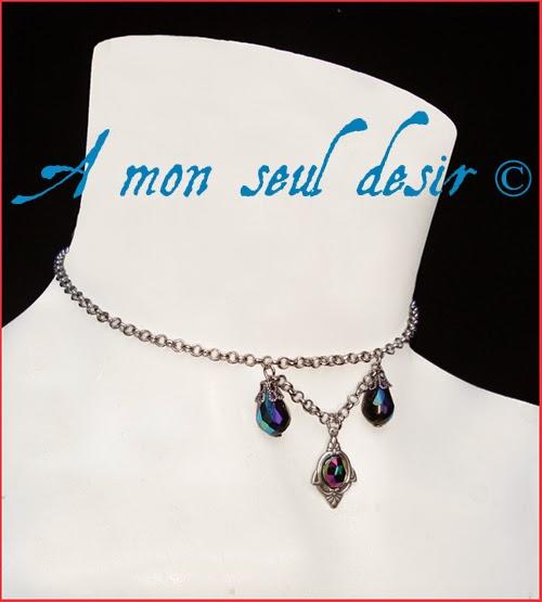 Collier gothique victorien perles facettées noires irisées black AB beads gothic goth necklace