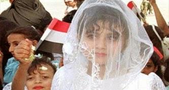 شاب تزوج من فتاة صغيرة السن واعادها الى بيت اهلها تخيلو كيف رد عليه الاب وماذا فعل !