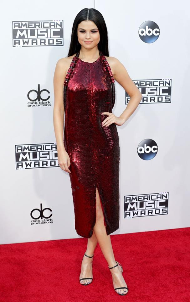 vestido Selena Gomez