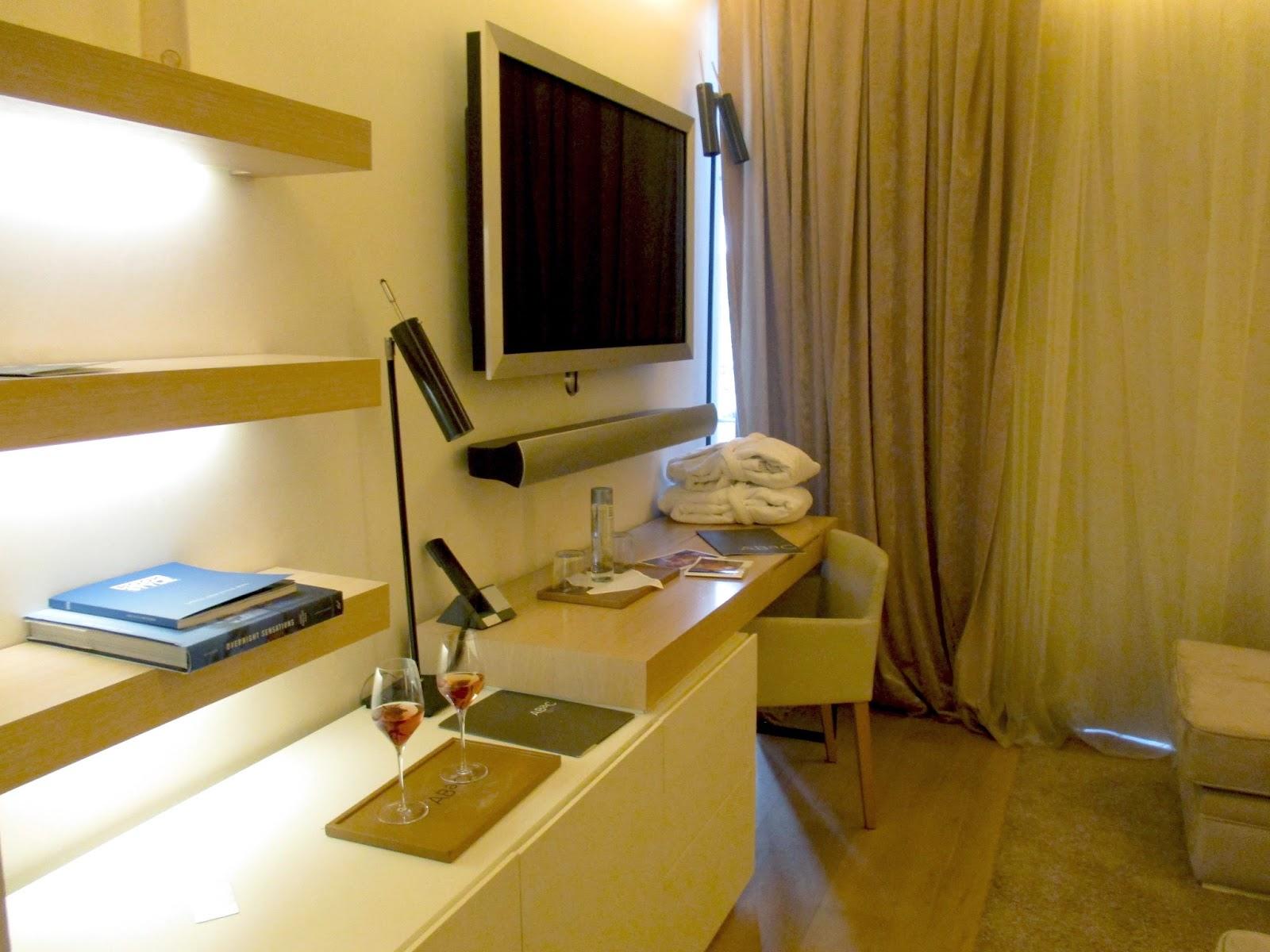 http://www.abacbarcelona.com/es/habitaciones/standard