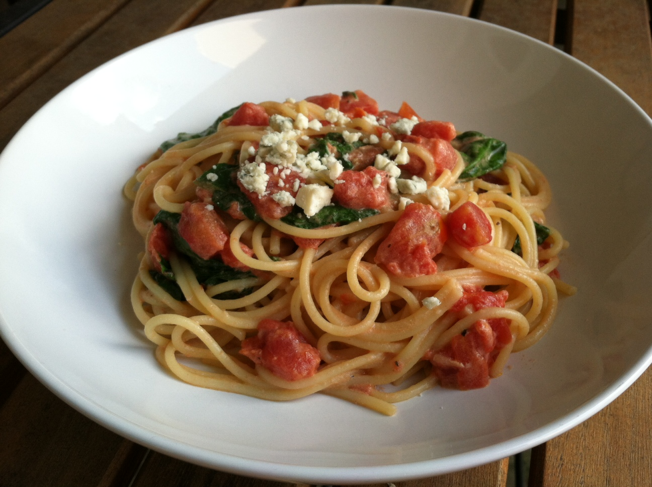 with tomato blue cheese sauce the pioneer woman pasta with tomato blue ...