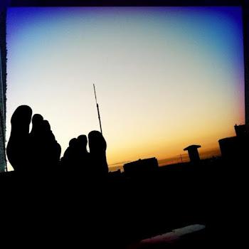 Sunrise Kissin' Toes