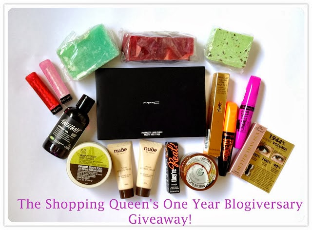 The Shopping Queen's 1 Year Blogiversary Giveaway: