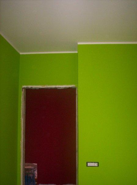 Pareti Colorate Verde Mela: Magamonella la parete della cucina nuova.
