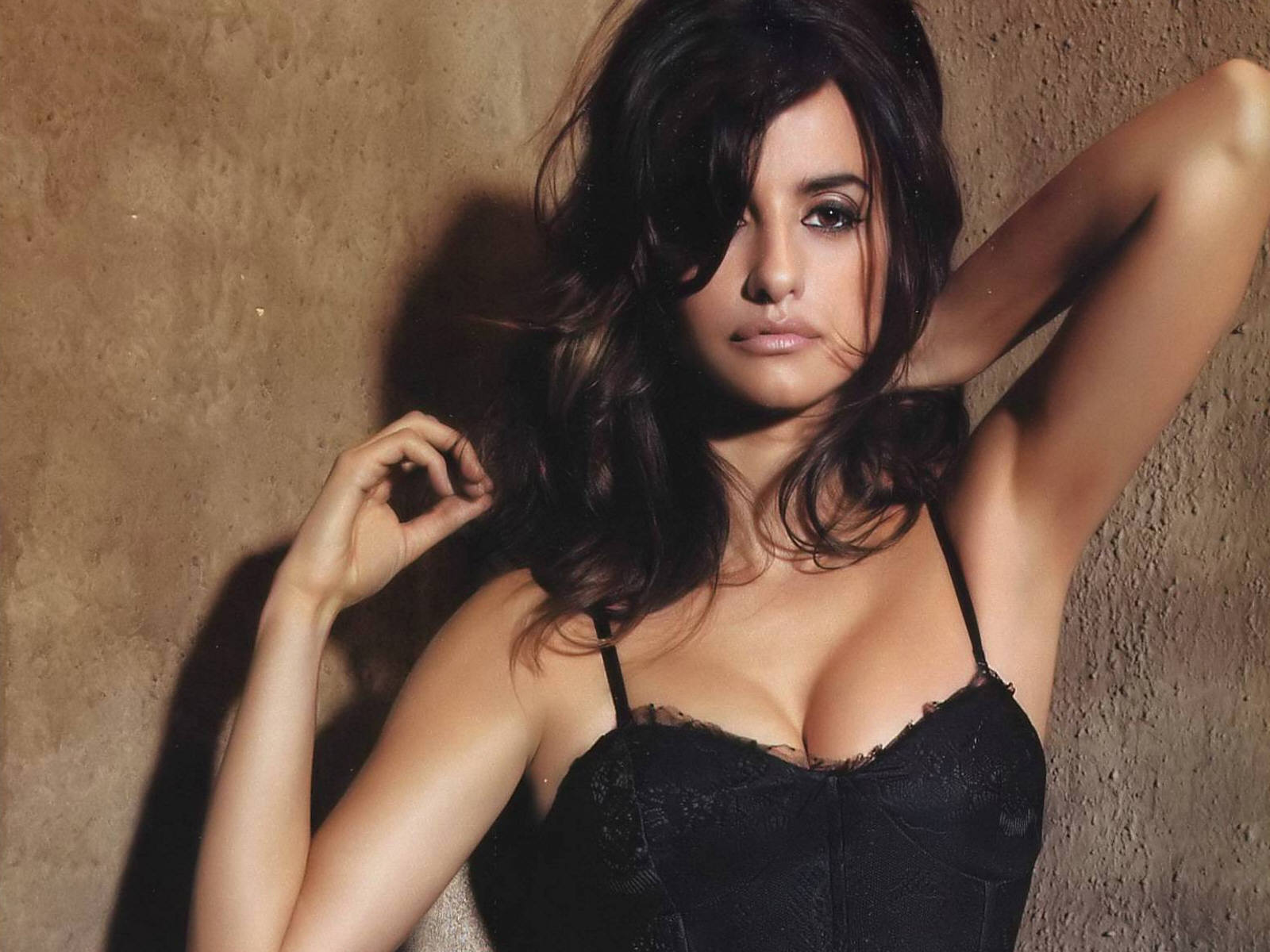 http://2.bp.blogspot.com/-b8Bg61hdegI/UV19dZsxH6I/AAAAAAAABv0/G8AkcnBR1SY/s1600/Hottest+Actress+In+hollywood+Penelope+Cruz.jpg