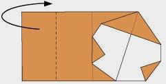 Bước 5: Gấp cạnh bên trái tờ giấy về phía sau