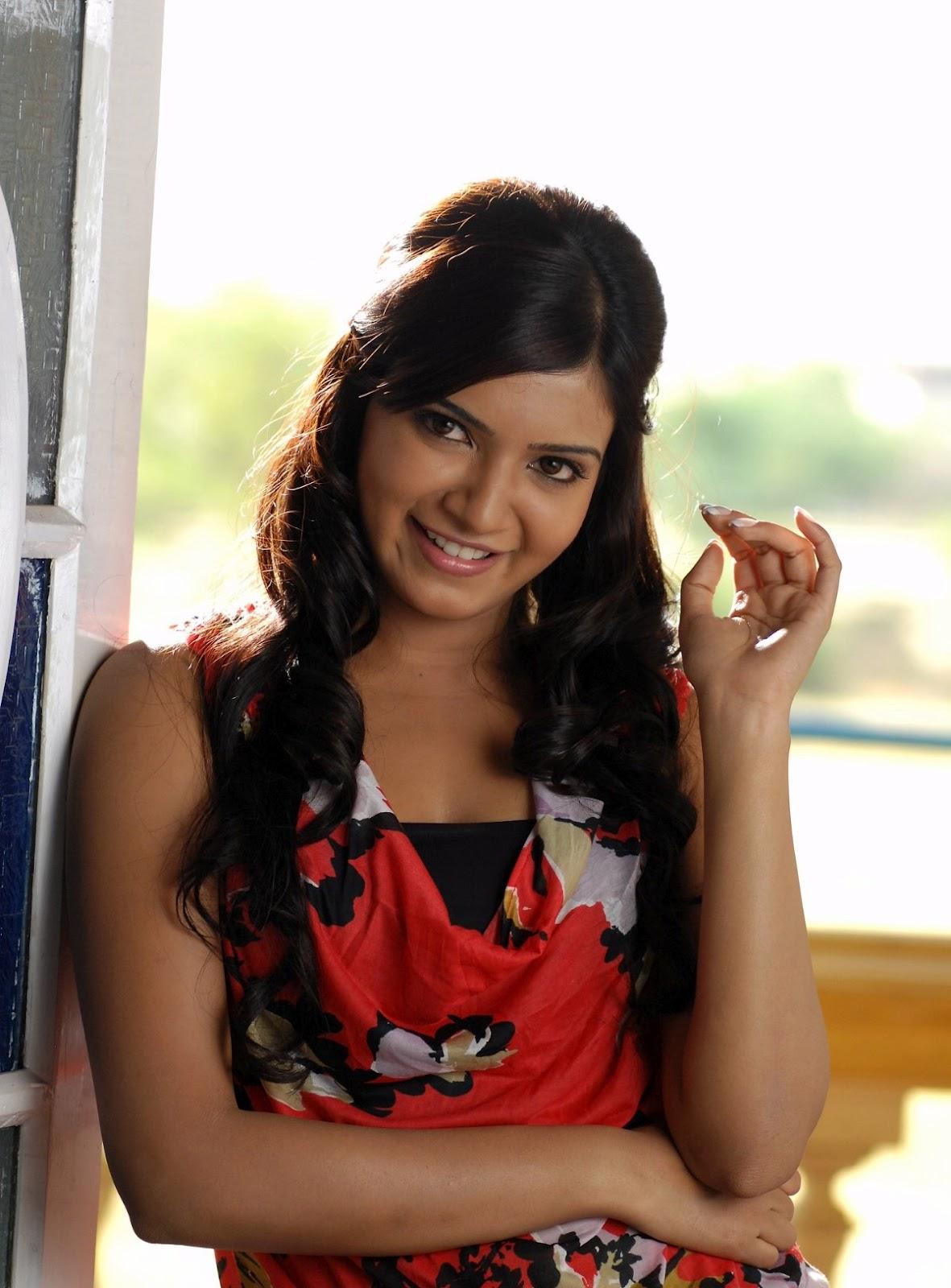http://2.bp.blogspot.com/-b8TfzVBUn0I/T3ciAd5HwsI/AAAAAAAAFic/homfdRwf0ec/s1600/telugu-actress-super-psupero4648493.jpg