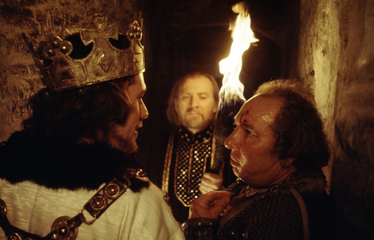 a comparison of orson welles and roman polanskis film versions of macbeth Welles, kurosawa and polanski: three takes i was compelled to revisit the key film versions of macbeth akira kurosawa, orson welles, roman.