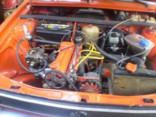 carro com motor aspirado