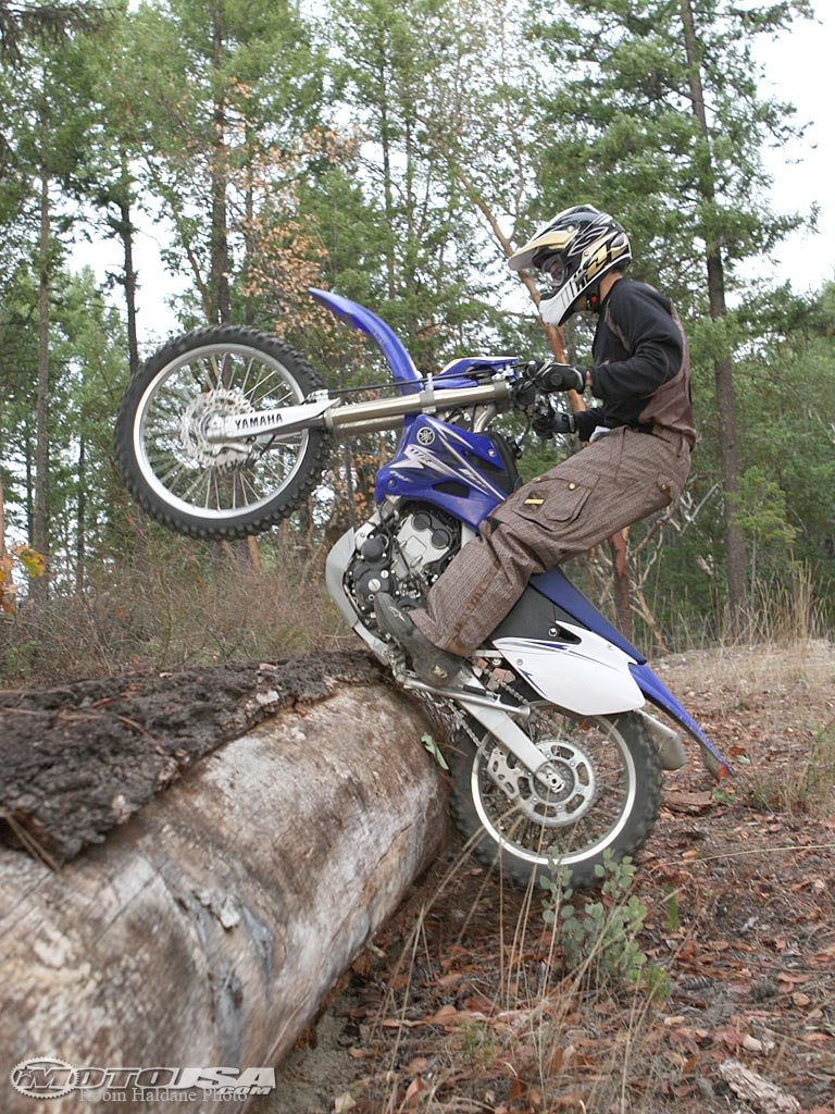 world bikes yamaha 250cc dirt bike 2012 new wallpapers. Black Bedroom Furniture Sets. Home Design Ideas
