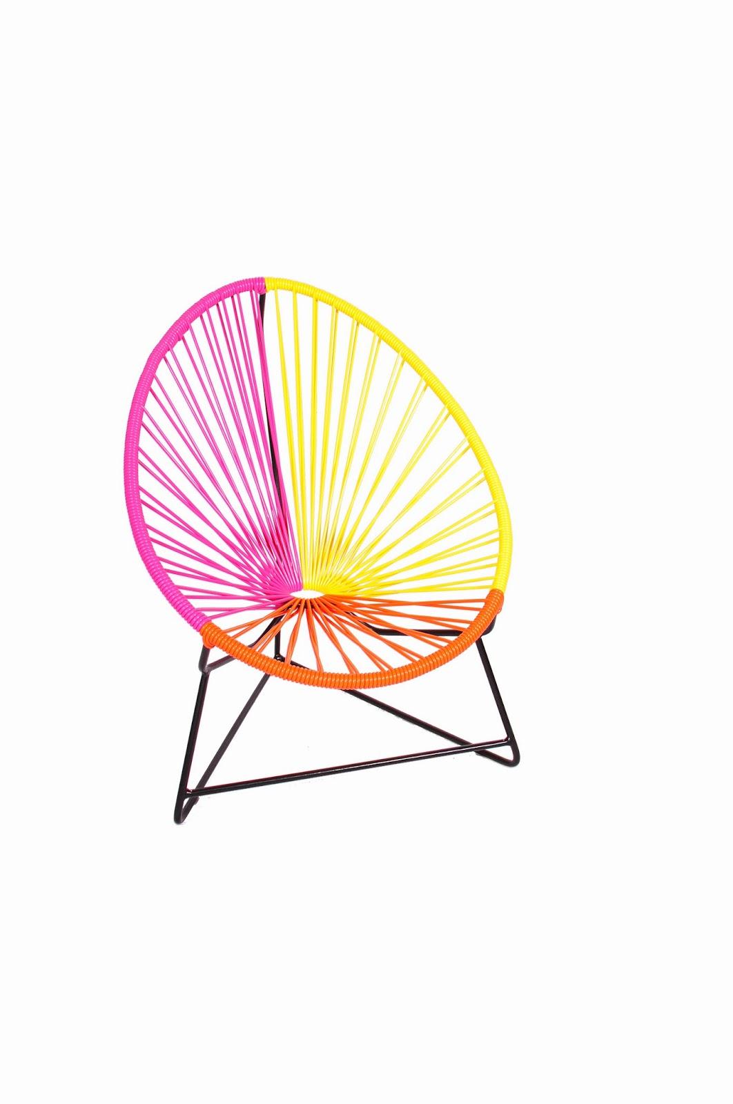 mobilier scoubidou le fauteuil acapulco pour enfant en couleur. Black Bedroom Furniture Sets. Home Design Ideas
