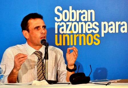 """Capriles: """"Un trabajador venezolano gana menos de un dólar por día"""""""