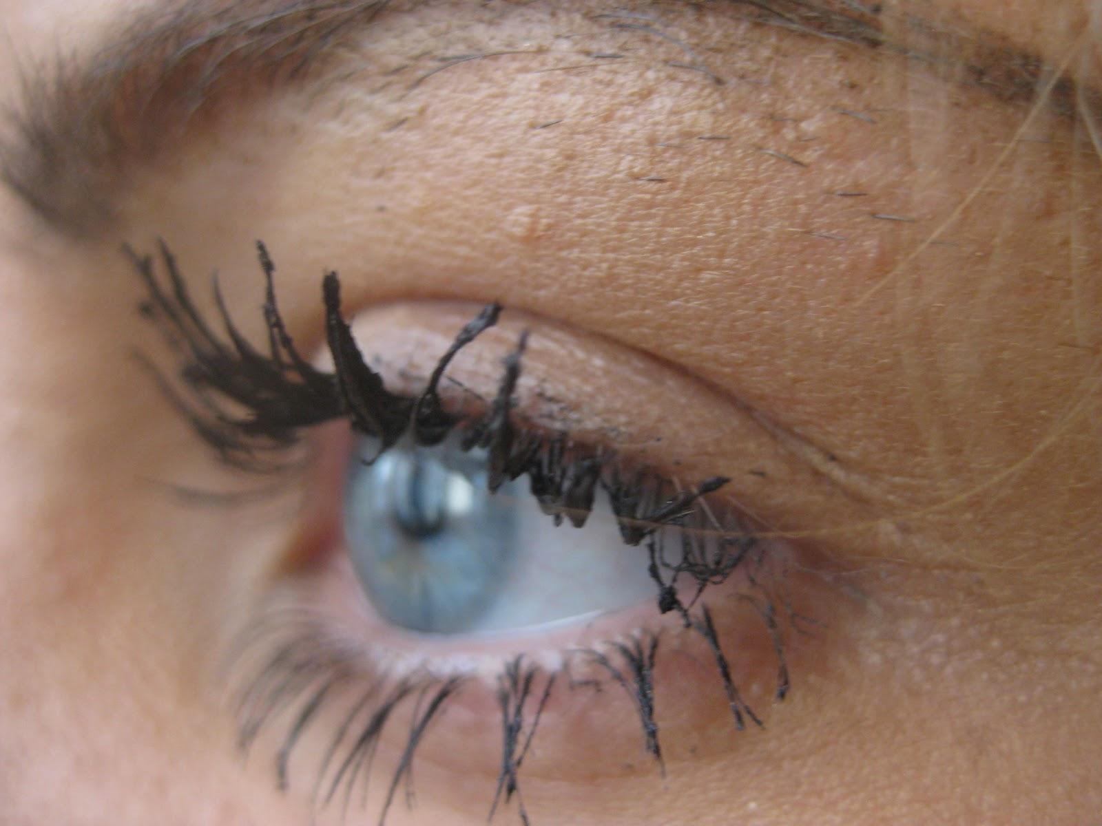 MakeupLoveer: YSL Shocking Mascara