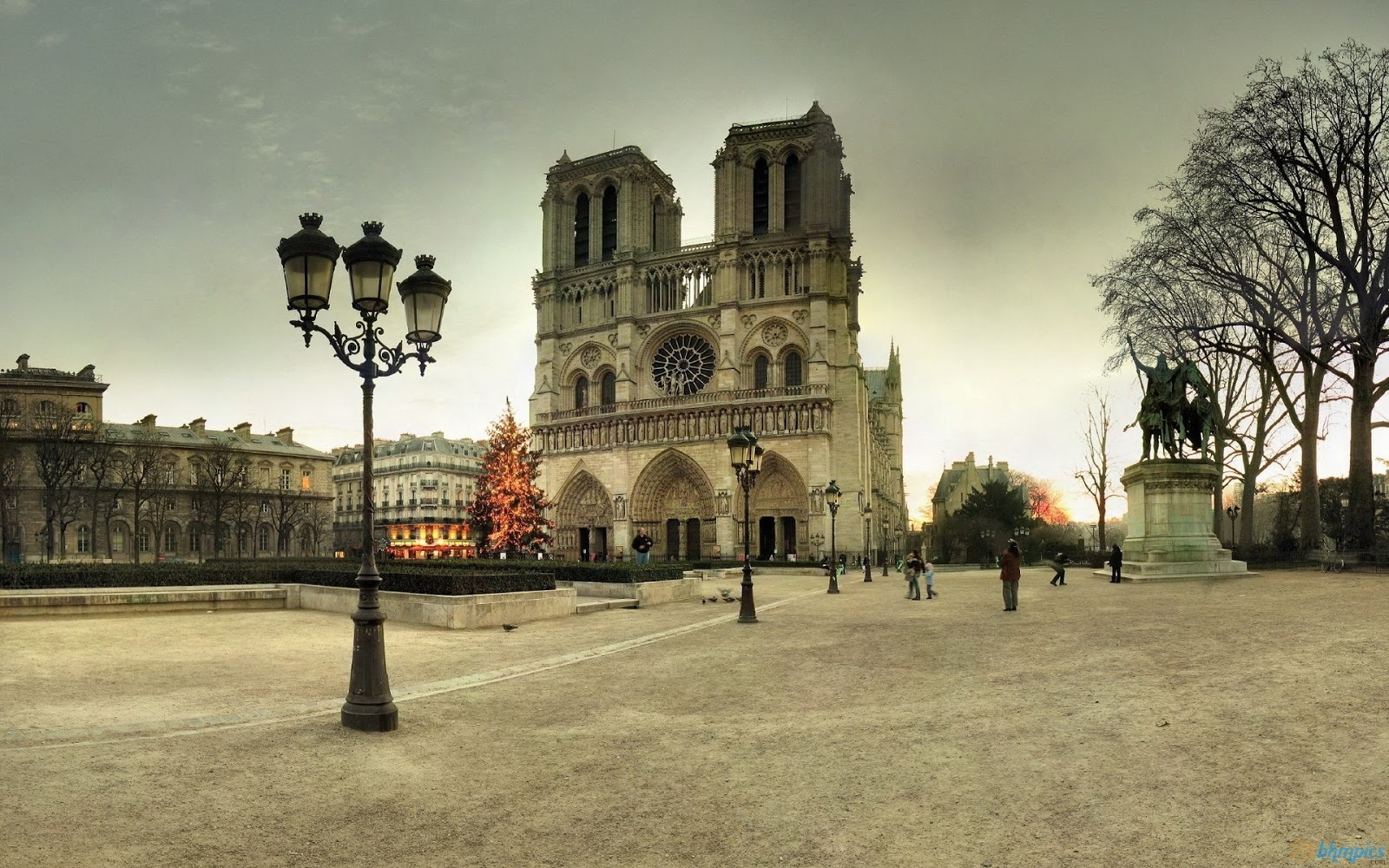 Free Best Pictures: Notre Dame Of Paris - 1920x1200 ...