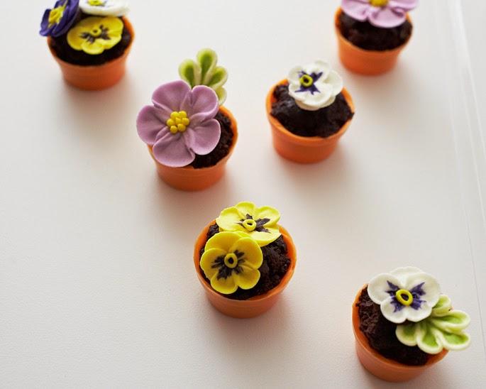 My own party ideas peque as macetas de pastel for Macetas pequenas