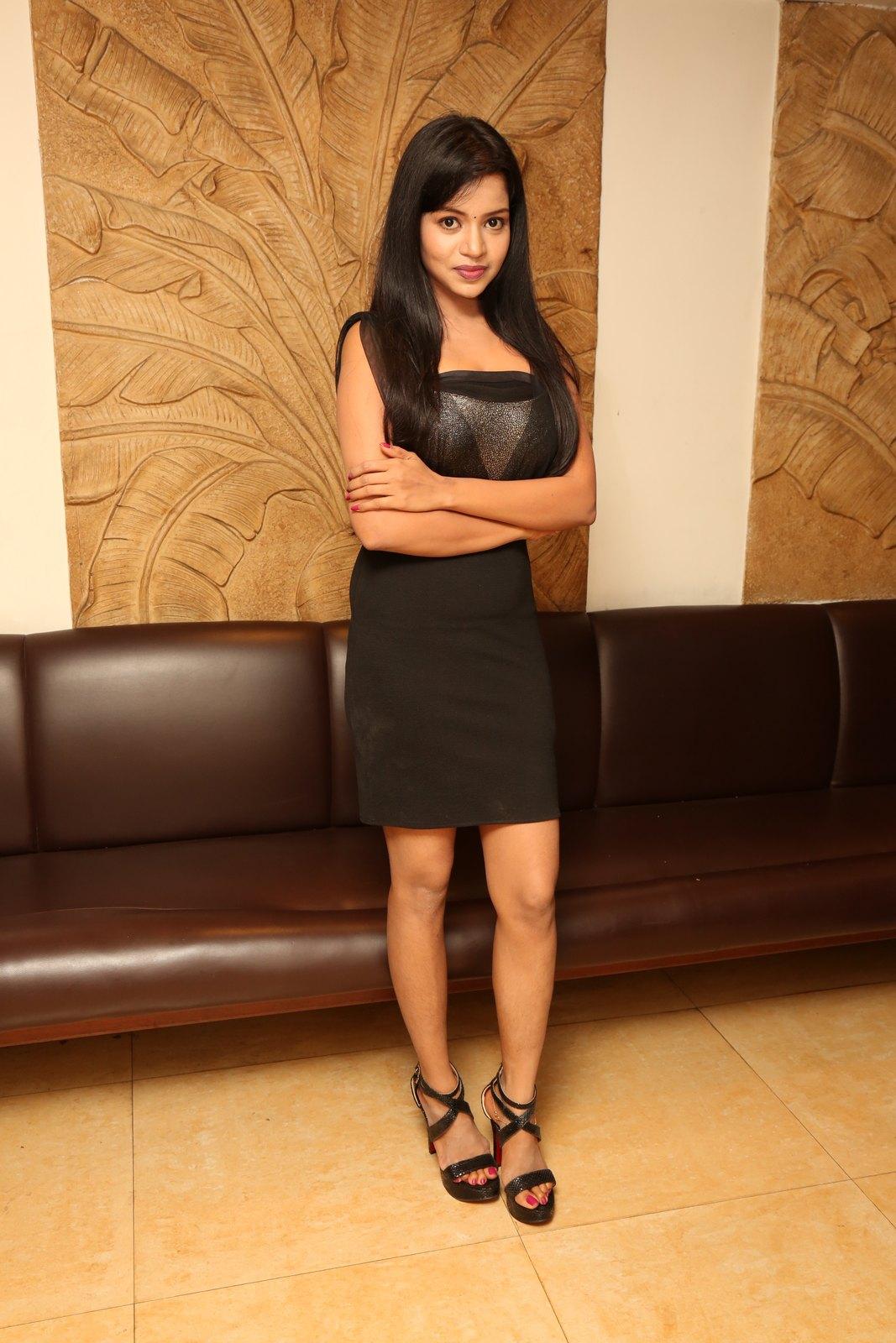 Bhavya sri New glam photo shoot-HQ-Photo-21