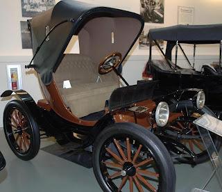 1909 Bailey electric car