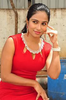 Vrushali Gosavi Stills At Vaadu Nenu Kadhu Movie Launch 8.jpg
