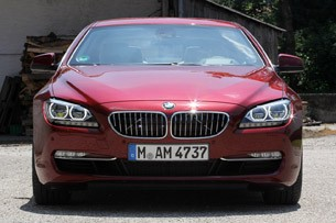 2012 BMW 6 Series Coupe front view