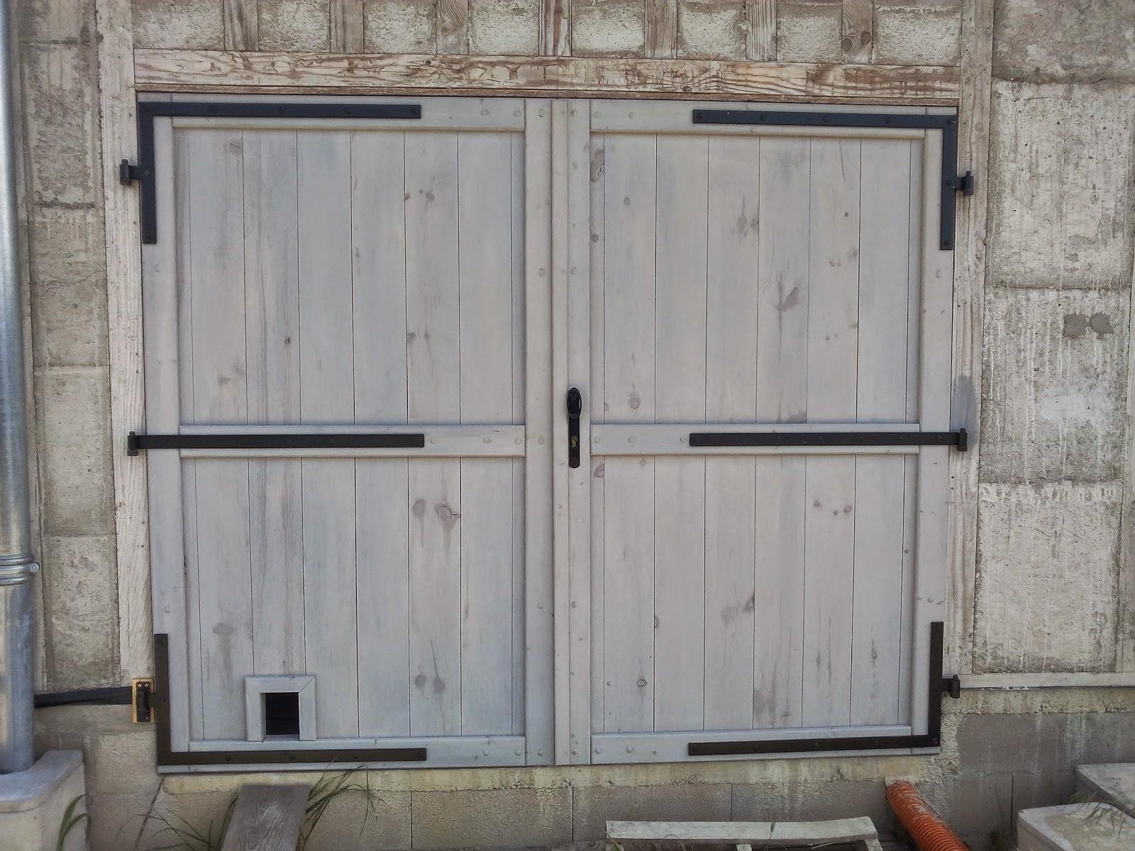 Fabriquer une porte de garage quel bois artisan menuisier for Fabriquer porte garage bois 4 vantaux