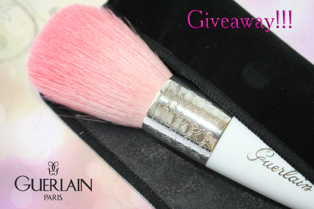Giveaway!!! Guerlain Meteorites Powder Brush!