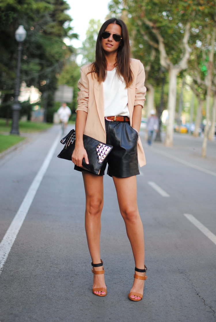 Leather Shorts May Not Match With Denim/Textile Jeans Shorts or Pants Waist Sizes, For Perfect Size Measure Your Actual Waist Circumference. Sizing Help: Measure Your Waist In Inches At Waist Line Where You Regularly Wear Jeans And Order Size Equal To Your bloggeri.tk Rating: % positive.