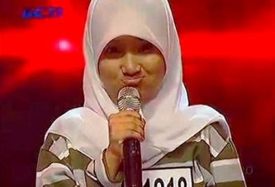 Foto fatin shidqia lubis Manyun