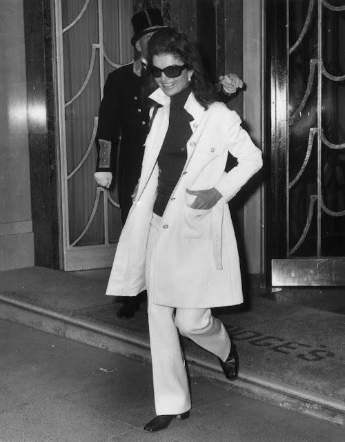 Jackie Kennedy trench coat 1970