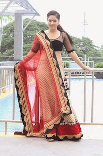 Actress Nikesha Patel Pictures at Karaiyoram Movie Launch 14
