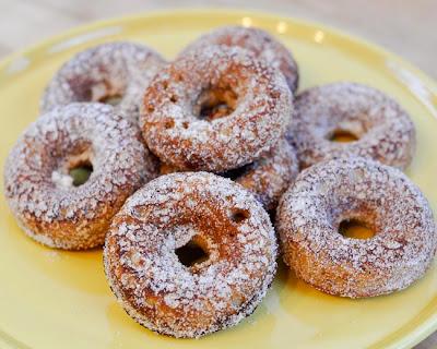 apple cider doughnuts {recipe}