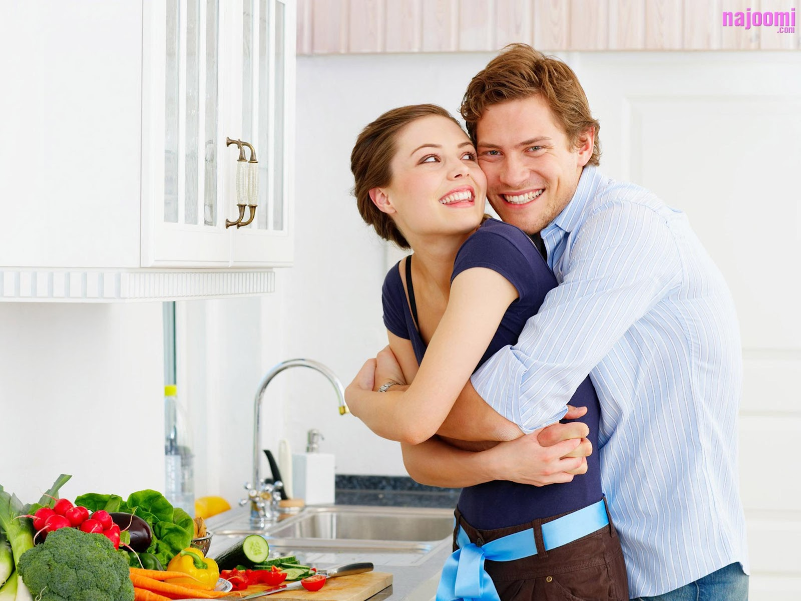http://2.bp.blogspot.com/-bB6WXV7xPKs/UDZBQW17E6I/AAAAAAAAAvw/z20zTeXaVTA/s1600/Cute-Couple-Loving-nice+hug-warm+hug-romatic+couple-couple+in+sweet+home-www.143loveu.blogspot.in.jpg