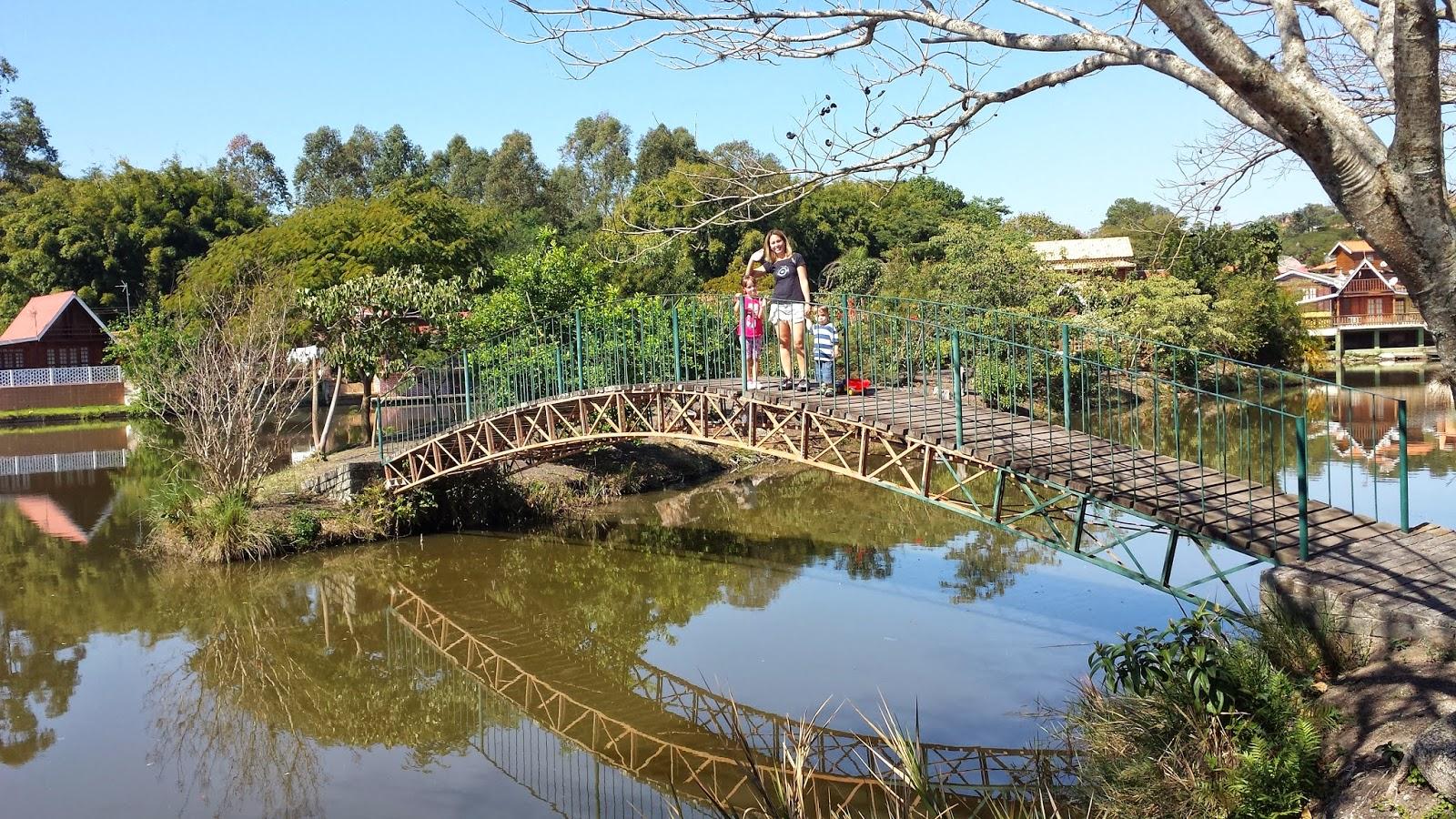 Bora pro Camping: Atibaia Campo De 01 a 03 de agosto de 2014. #2580A6 1600x900 Banheiro Bbb 2014