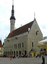 Raekoja Platz o Plaza del Ayuntamiento de Tallin