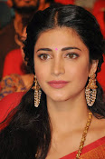 Shruti haasan new photos in saree-thumbnail-3