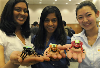Left to Right: Mridula, Nilanthy and Maureen showing us their robot bugs.