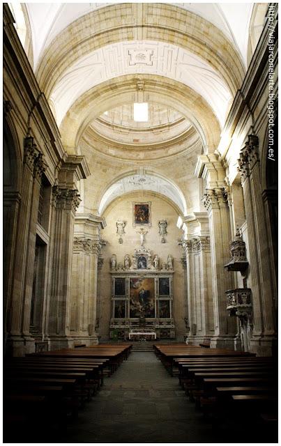 Nave de la iglesia de la Purísima Concepción de Salamanca