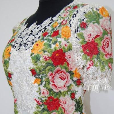 Сукня мереживо і вишивка, виготовлена у майстерні Гойра, Львів, Україна