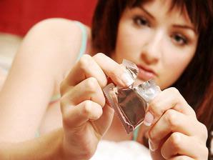 7 Cara Menjamin Kondom Tetap Aman