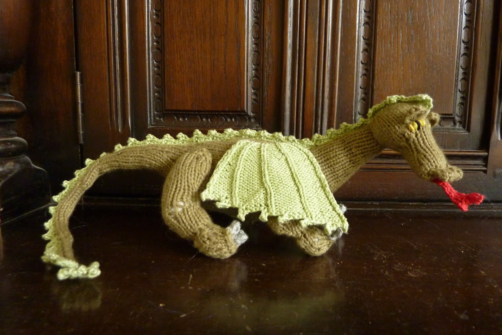 Easy Dragon Knitting Pattern : Am Bothan: My mothers advice ....